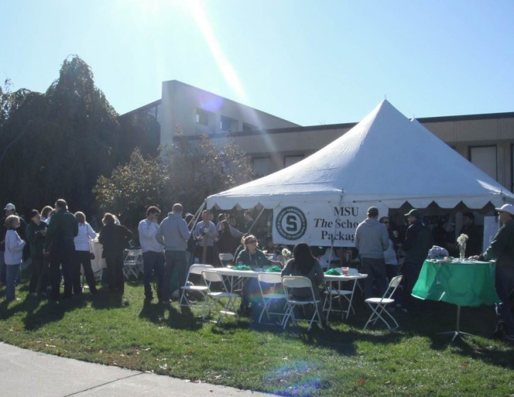 fingers crossed for more of the glorious weather we had at last year's tailgate!
